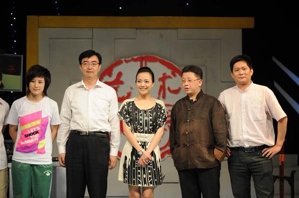 湖南艺术玩家_2010年7月 参加湖南卫视《艺术玩家》节目录制(图)